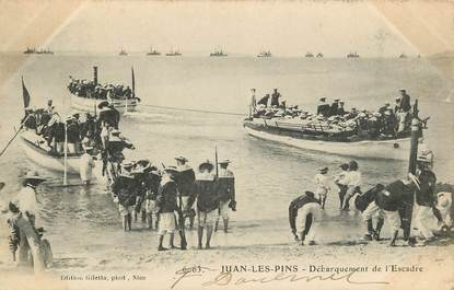 """CPA FRANCE 06 """"Juan les Pins, débarquement de l'Escadre"""""""