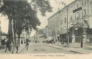 "88 Vosge CPA FRANCE 88   ""Contrexéville, Grande rue"""