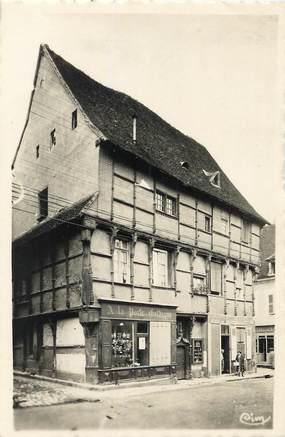 """/ CPSM FRANCE 36 """"La Chatre, vieilles maisons de bois, place Laisnel de la Salle"""""""
