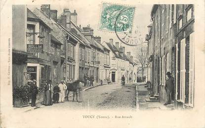 """CPA FRANCE 89 """" Toucy, rue Arrault"""""""
