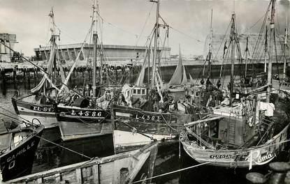"""CPSM FRANCE 56 """"Lorient, le port de pêche et la base sous marine"""""""
