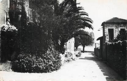 """/ CPSM FRANCE 06 """"Gattières, la rue du puits"""""""
