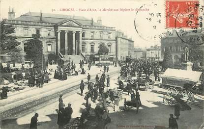 """CPA FRANCE 87 """"Limoges, Place d'Aine, le marché aux fripiers"""""""
