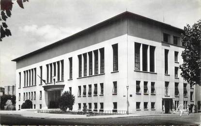 "/ CPSM FRANCE 92 ""Boulogne Billancourt, la mairie, av André Morizet"""