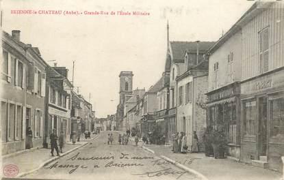 """CPA FRANCE 10 """"Brienne le Chateau, Grande rue de l'Ecole militaire"""""""