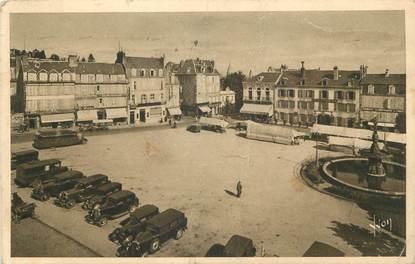 "/ CPA FRANCE 23 ""Guéret, place Bonnyaud"" / AITOMOBILE"