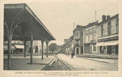 "CPA FRANCE 47 ""Duras près de Marmande, la grande place"""