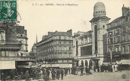 """CPA FRANCE 76 """"Rouen, Place de la République"""""""