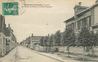 """CPA FRANCE 77 """"Fontaine Fourche, les Ecoles, la mairie et la rue Principale"""""""