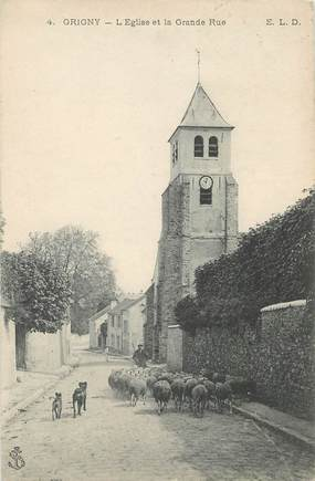 "CPA FRANCE 77 ""Grigny, l'Eglise et la grande rue"""