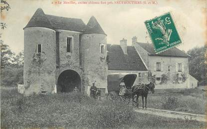 """CPA FRANCE 77 """"Neufmoutiers, ancien chateau fort"""""""