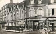 "60 Oise / CPSM FRANCE 60 ""Chantilly, tabac de la gare"""