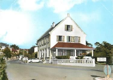 """CPSM FRANCE 44 """"Saint Michel Chef chef, Hotel des Embruns"""""""
