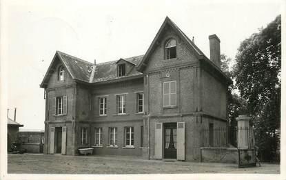 """/ CPSM FRANCE 60 """"Broyes, le château, les communs"""""""