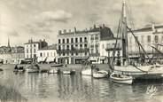 "33 Gironde CPSM FRANCE 33 ""Blaye, bateaux au Port"""
