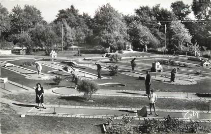 "/ CPSM FRANCE 80 ""Fort Mahon, le golf miniature"""