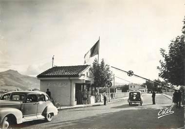"""CPSM FRANCE 64 """"Hendaye, frontière franco espagnole"""" / DOUANE"""