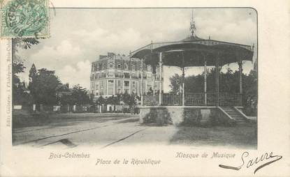 "/ CPA FRANCE 92 ""Bois Colombes, place de la République"""