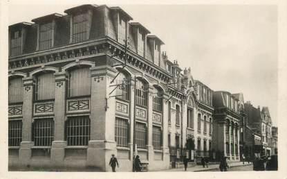 """/ CPSM FRANCE 02 """"Saint Quentin, rue Raspail"""""""