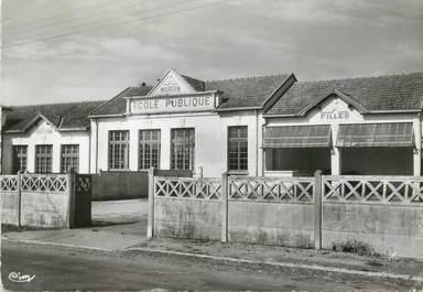 """/ CPSM FRANCE 17 """"Muron, l'école publique"""""""