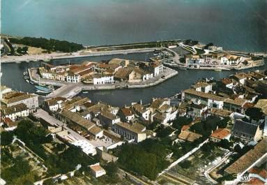 """/ CPSM FRANCE 17 """"Ile de Ré, Saint Martin de Ré, le port"""""""