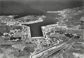 """66 PyrÉnÉe Orientale / CPSM FRANCE 66 """"Port Vendres, vue aérienne sur la ville"""""""