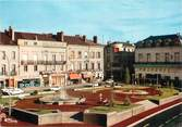 """49 Maine Et Loire / CPSM FRANCE 49 """"Cholet, le nouveau square"""""""