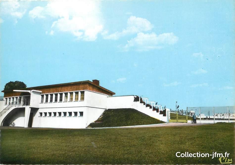 cpsm france 69 saint priest la piscine 69 rh ne. Black Bedroom Furniture Sets. Home Design Ideas