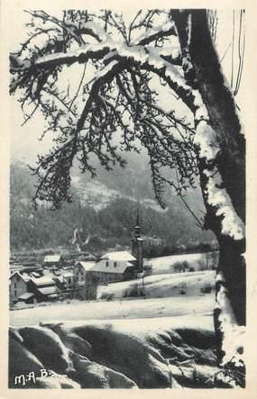 """/ CPA FRANCE 74 """"Les Houches, l'église et le bourg"""""""