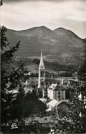 """CPSM FRANCE 05 """"Gap, la cathédrale, vue de la colline Saint Mens"""""""