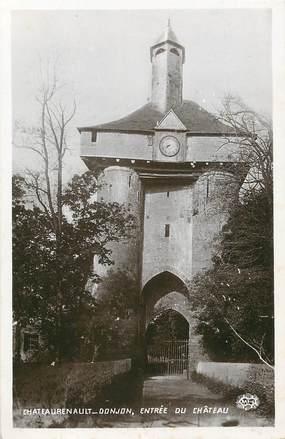 """/ CPSM FRANCE 87 """"Châteaurenault, donjon, entrée du château"""""""