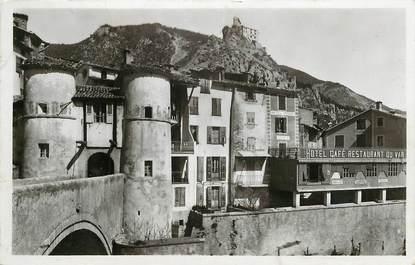 """CPSM FRANCE 04 """"Entrevaux, le Pont levis et le chateau"""""""