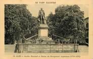 "81 Tarn / CPA FRANCE 81 ""Albi, jardin National et statue du navigateur Lapérouse"" / Le Tarn Illustré"