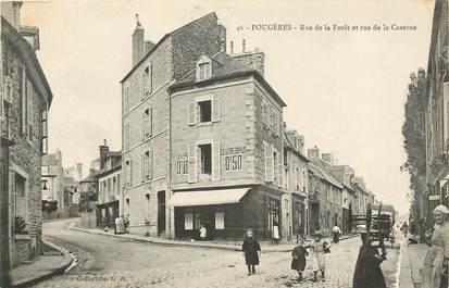 """CPA FRANCE 35 """"Fougères, rue de la Forêt et rue de la Caserne"""""""