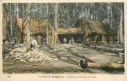 """35 Ille Et Vilaine CPA FRANCE 35 """"La Forêt de Fougères, Huttes de Sabotiers"""""""