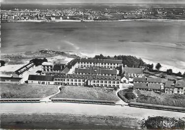 """/ CPSM FRANCE 29 """"Roscoff, vue aérienne, la sanatorium"""""""