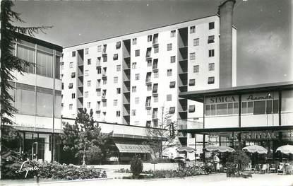 """/ CPSM FRANCE 92 """"Rueil Malmaison, centre commercial, quartier de la plaine"""""""