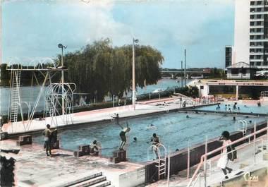 """/ CPSM FRANCE 37 """"Tours, la piscine"""""""