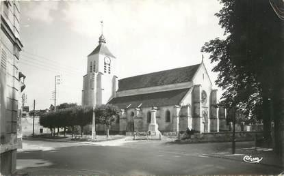 """/ CPSM FRANCE 77 """"Quincy Voisins, l'église et le monument aux morts"""""""