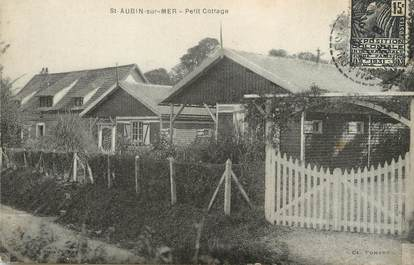 "/ CPA FRANCE 14 ""Saint Aubin sur Mer, petit cottage"""