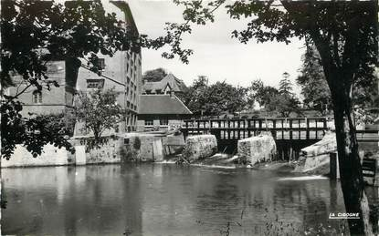 """/ CPSM FRANCE 76 """"Neufchâtel en Bray, le moulin bleu"""""""