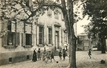 """CPA FRANCE 84 """"Villelaure, Colonie Saint Vincent"""""""