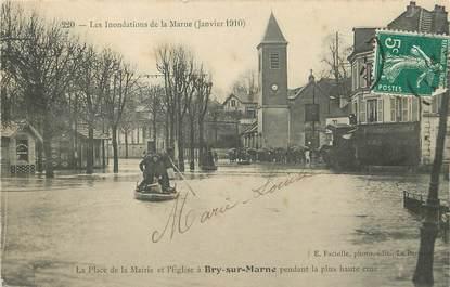 """/ CPA FRANCE 94 """"Bry sur Marne, la place de la mairie"""" / INONDATIONS"""
