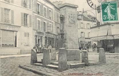 """/ CPA FRANCE 94 """"Champigny, place d'Armes"""""""