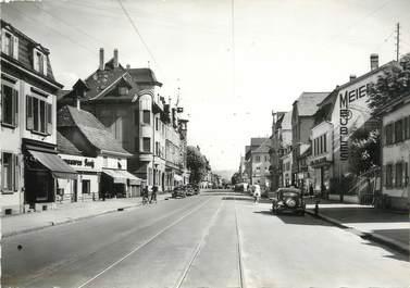 """/ CPSM FRANCE 68 """"Saint Louis, rue de Mulhouse"""""""
