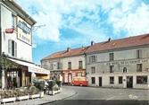 """78 Yveline / CPSM FRANCE 78 """"Saint Rémy les Chevreuses, place du 14 Juillet"""""""