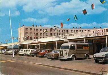 """/ CPSM FRANCE 78 """"Les Mureaux, le centre commercial de Bougimont"""""""