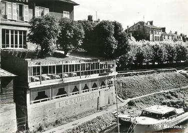 """/ CPSM FRANCE 78 """"Poissy, sur le petit bras de la Seine"""""""