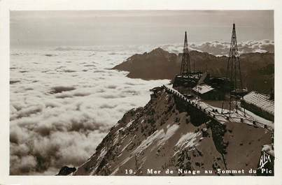 "CPSM FRANCE 31 ""Pic du Midi, la mer de nuage"""
