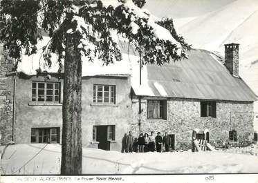 """/ CPSM FRANCE 38 """"Les deux Alpes, le foyer Saint Benoit"""""""